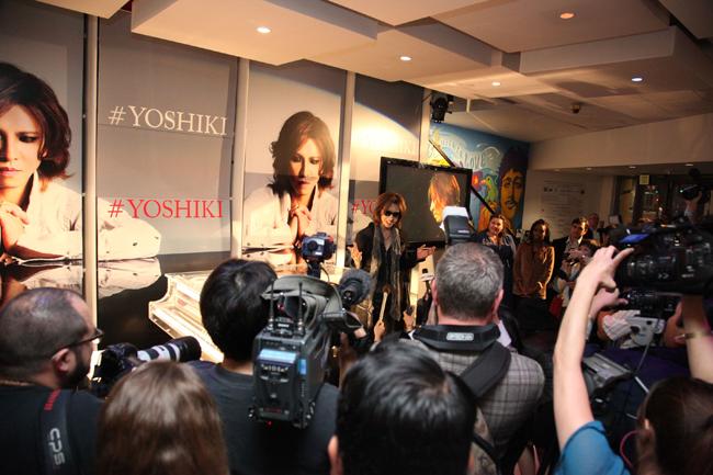 Yoshiki-Grammy06